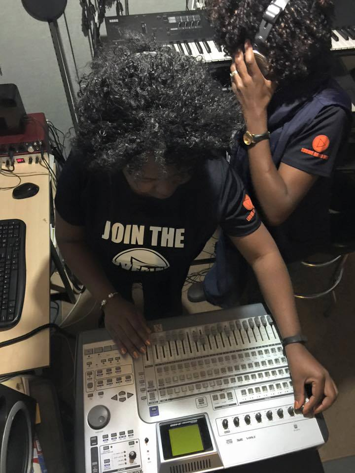 DJ Chanda on deck LIVE!